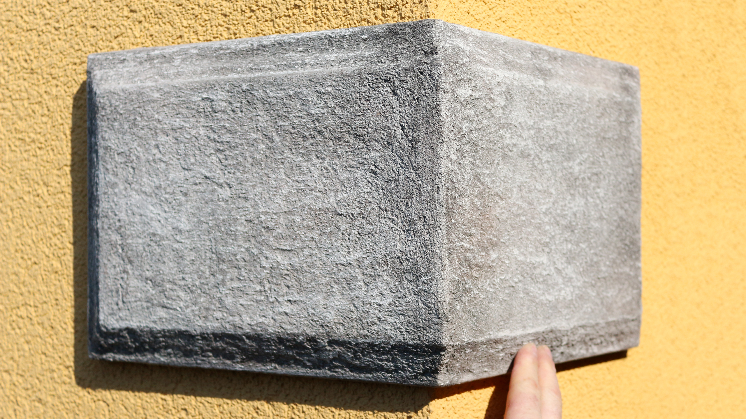 Bossenplatten bzw. Bossenecken