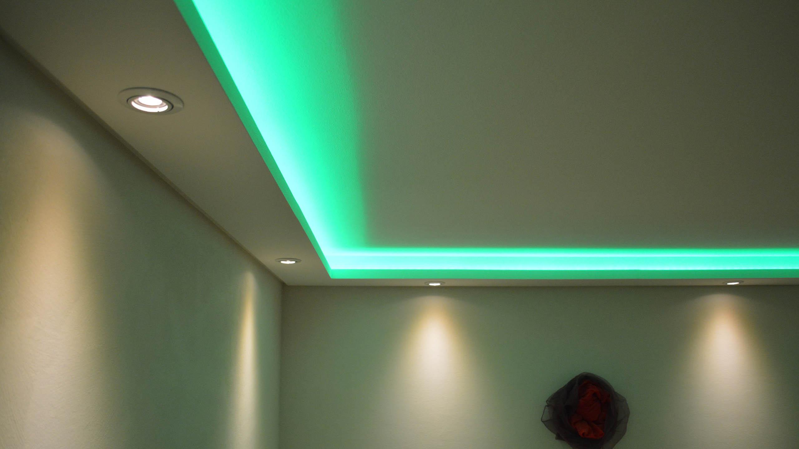 lichtprofile f r spots und oder led streifen bendu stuckleisten lichtvouten und. Black Bedroom Furniture Sets. Home Design Ideas